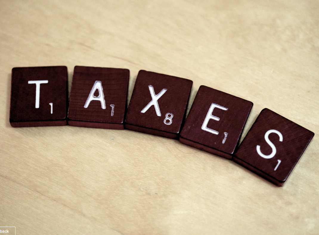 Do bloggers need to be paying taxes
